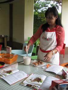 Membuat Thousand Layer Cake
